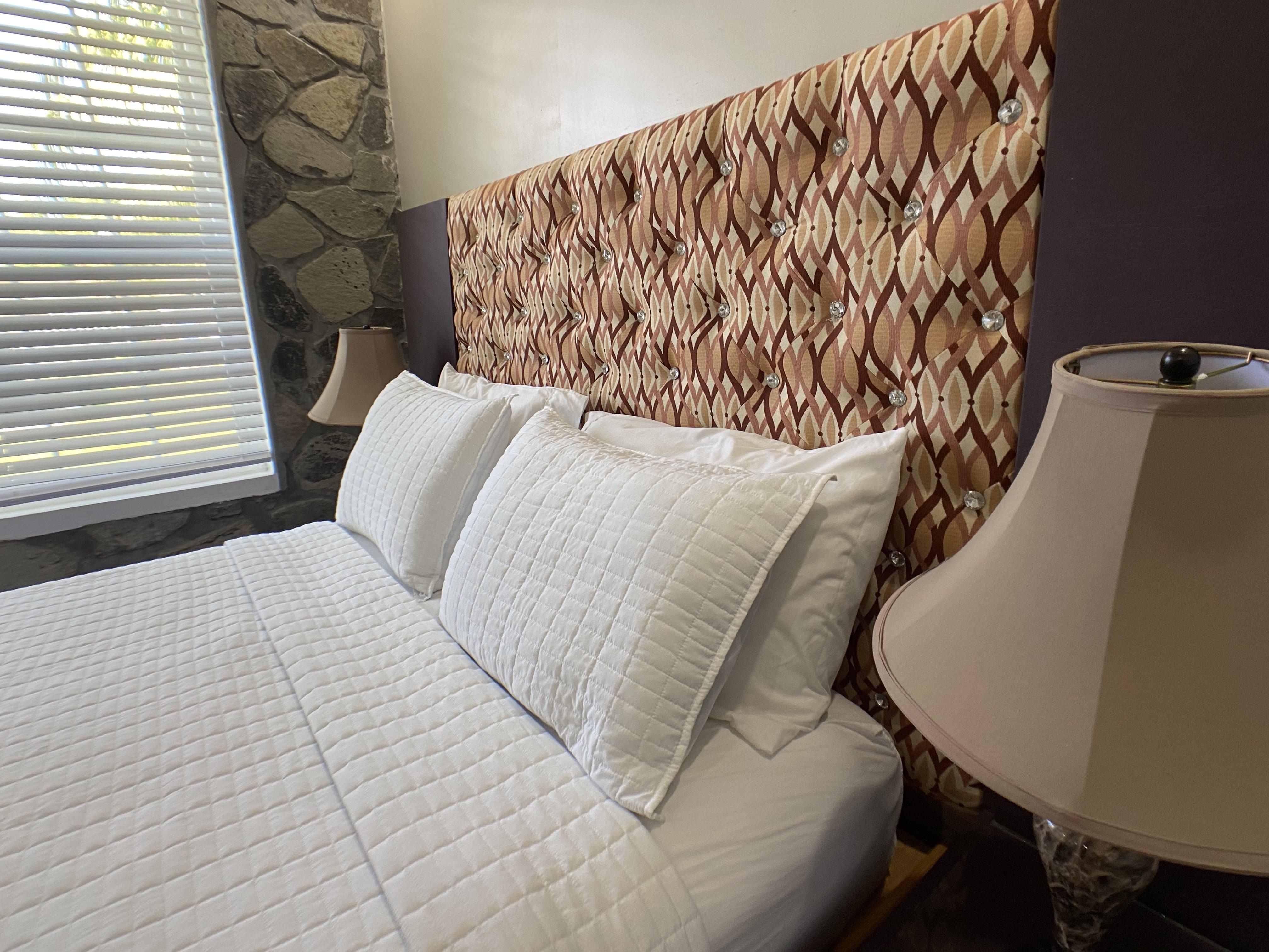 Deluxe One Bedroom standard