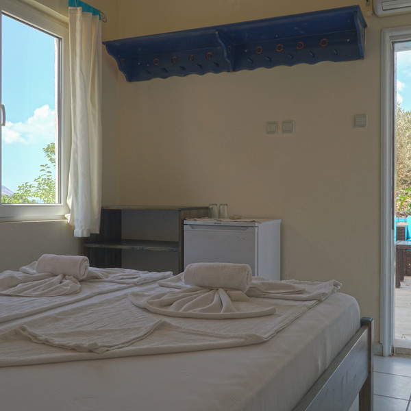 Quadruple Garden room with sea view