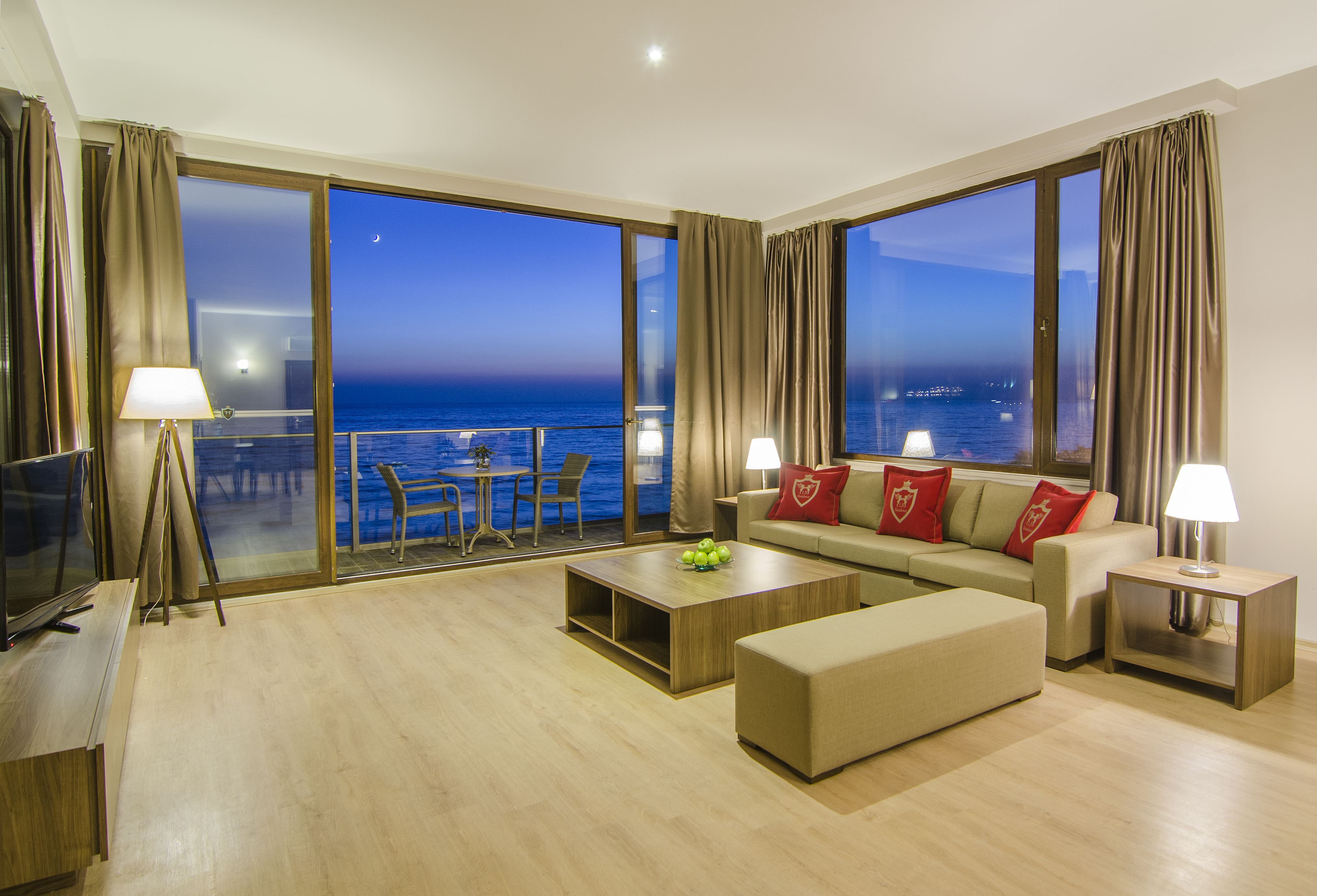 Ladies Beach Residence